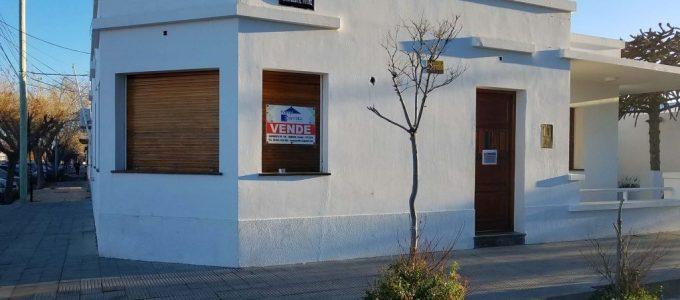Casa en venta, Bartolomé Mitre esq. Yrigoyen, Rawson