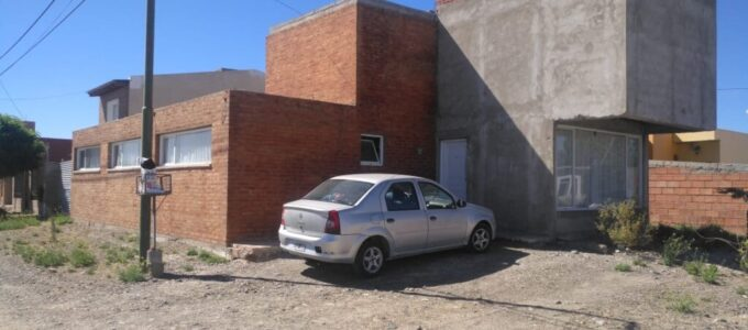 Casa en venta, Tte. Coronel Palacios 404 (esq. J. J. Valle), Rawson